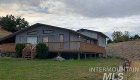 1504 Meadowlark Terrace, Clarkston, WA 99403