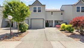 900 N Benjamin Lane, Boise, ID 83704-8343