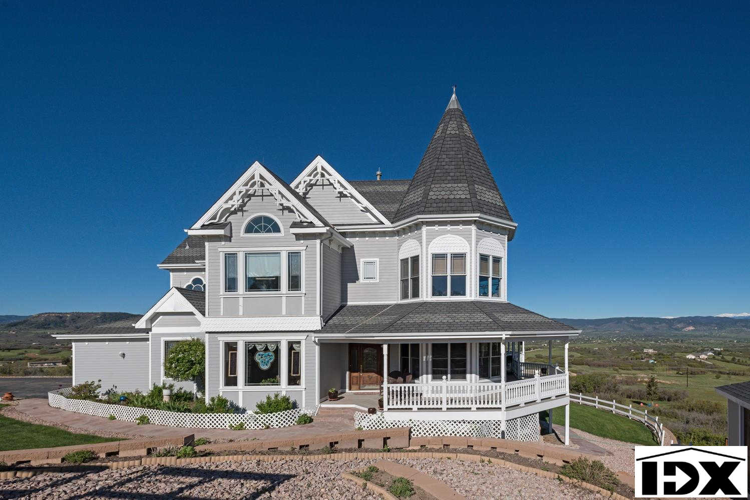 1391 Twin Oaks Lane, Castle Rock, CO 80109 now has a new price of $1,250,000!