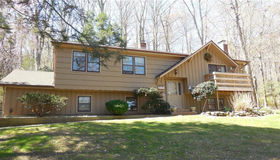 101 Village Drive, Shelton, CT 06484
