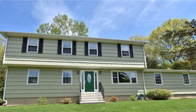 31 Hills Point Road, Trumbull, CT 06611