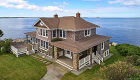 8 Clubhouse Point Road, Groton, CT 06340