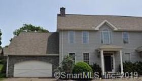 33 Old Field Hill Road #32, Southbury, CT 06488