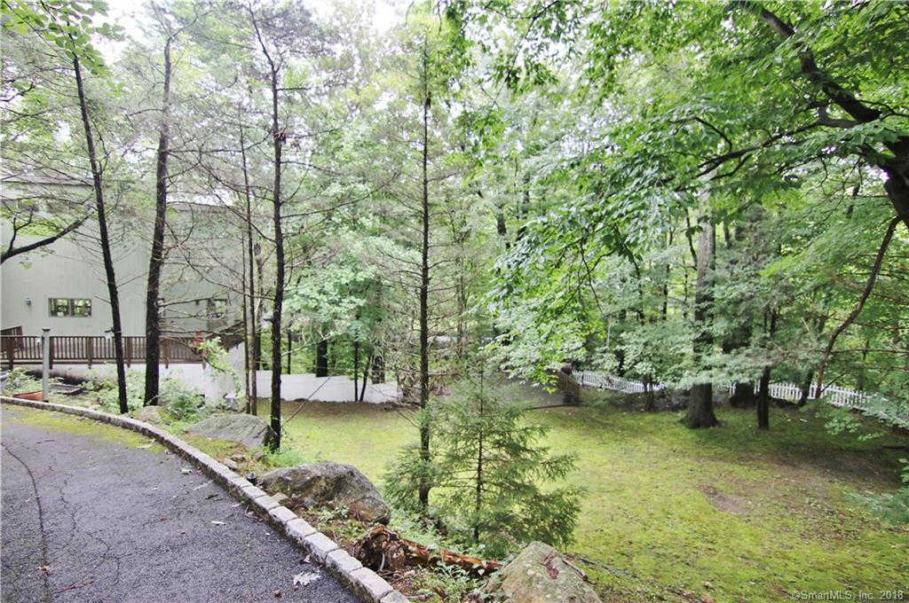 32 Blackberry Drive East, Stamford, CT 06903 now has a new price of $550,000!