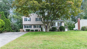 20 Idlewood Place, Stamford, CT 06905