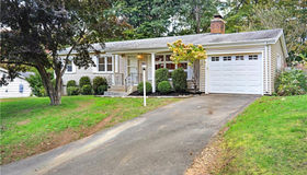 27 Woodvale Road, Branford, CT 06405