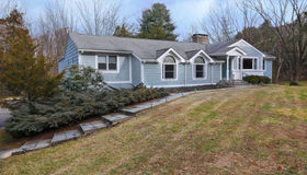 9 Birch Road, Woodbridge, CT 06525