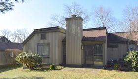 896 Heritage Village #d, Southbury, CT 06488