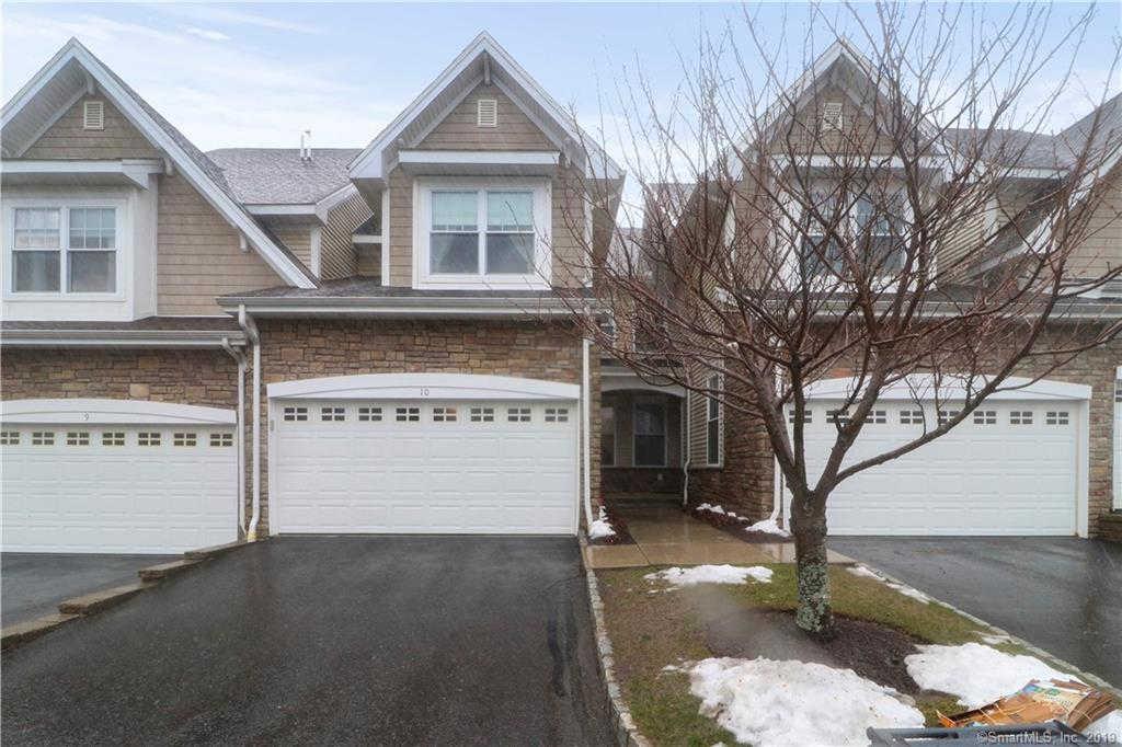 10 Paulding Terrace #10, Danbury, CT 06810 now has a new price of $355,000!