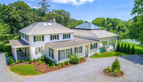 345 Governors Lane, Fairfield, CT 06824