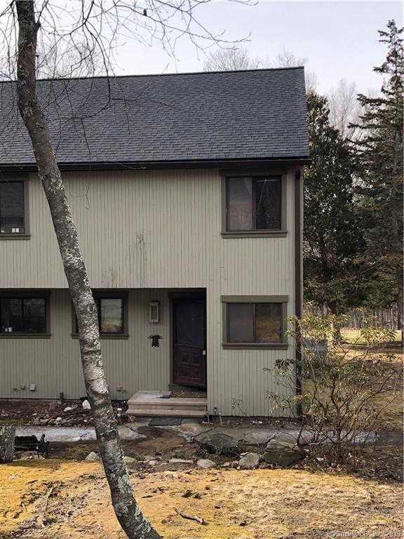 17 Fox Run #17, Woodbury, CT 06798 now has a new price of $89,000!