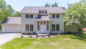 18 Pond Edge Drive, Waterford, CT 06385