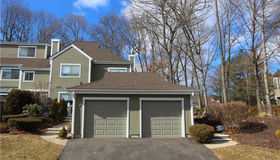 24 Country Walk #24, Shelton, CT 06484