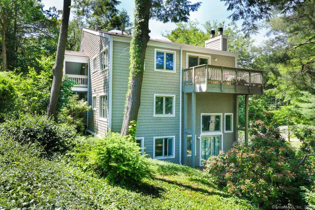 360 Fountain Street #1, New Haven, CT 06515 now has a new price of $158,500!