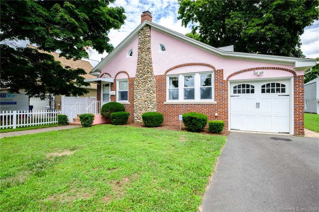 13 School Street, Plainville, CT 06062 now has a new price of $216,900!