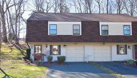 24 Schoolhouse Crossing #24, Wethersfield, CT 06109