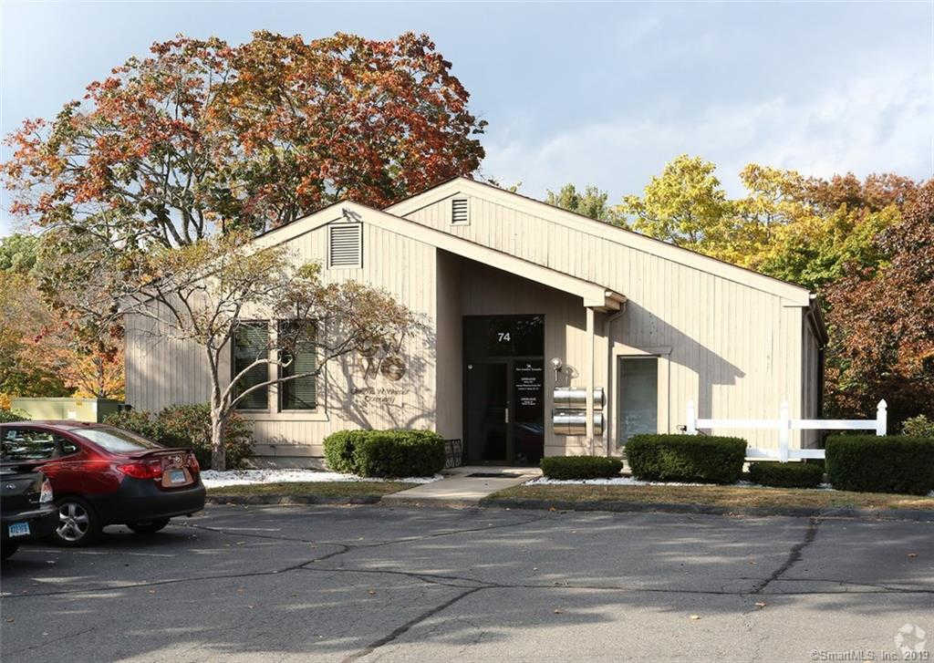 74 New London Turnpike Street #1, Glastonbury, CT 06032 is now new to the market!