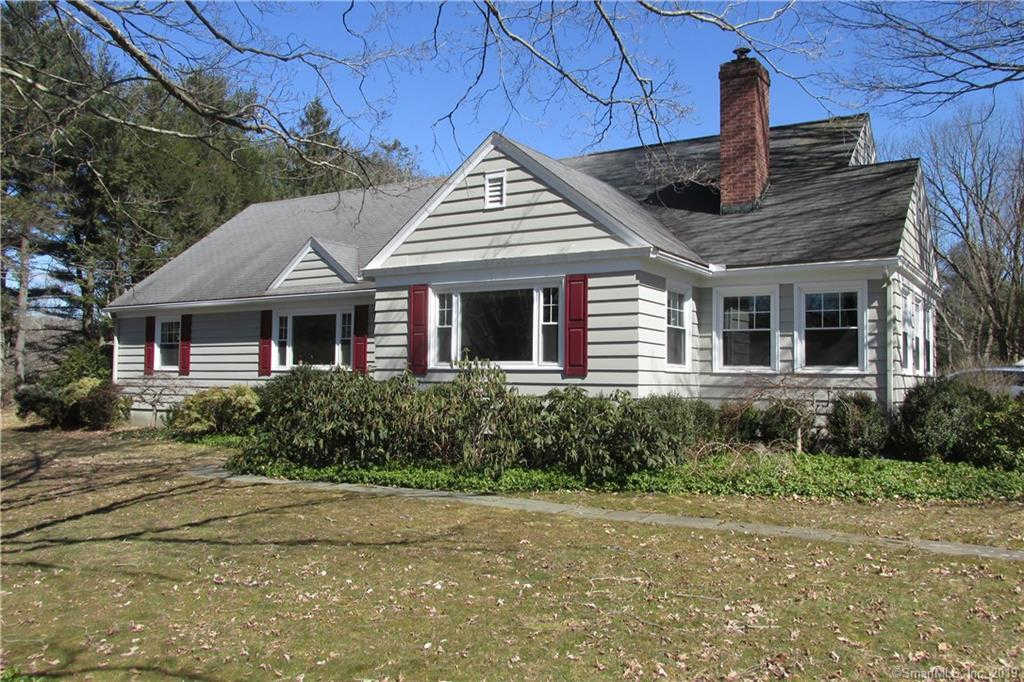 152 Washington Avenue, Woodbury, CT 06798 is now new to the market!