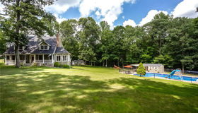 51 Oakcrest Road, Oxford, CT 06478