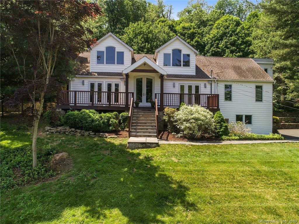 100 Grandview Drive, Ridgefield, CT 06877 now has a new price of $675,000!