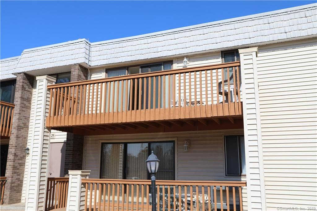 25 Linda Court #25, Cromwell, CT 06416 now has a new price of $94,900!