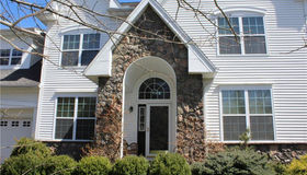 37 Independence Circle #30, Middlebury, CT 06762