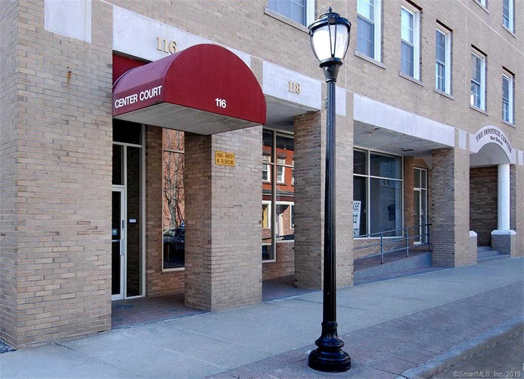 124 Court Street #802, New Haven, CT 06511 is now new to the market!