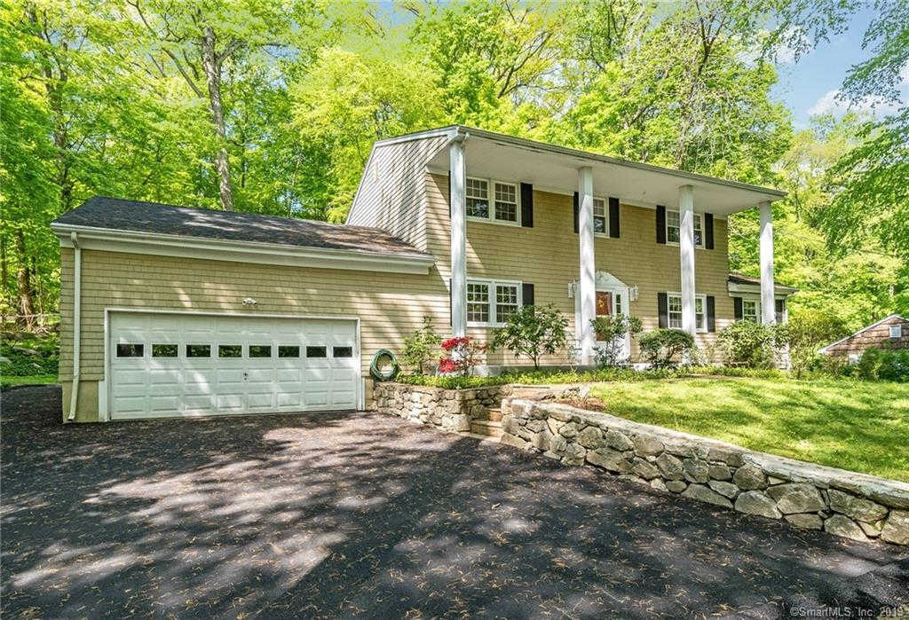 79 Rockridge Lane, Stamford, CT 06903 now has a new price of $629,000!