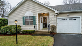 36 Long Hill Place, Trumbull, CT 06611