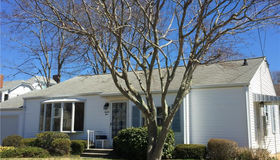 25 Parkway South, New London, CT 06320