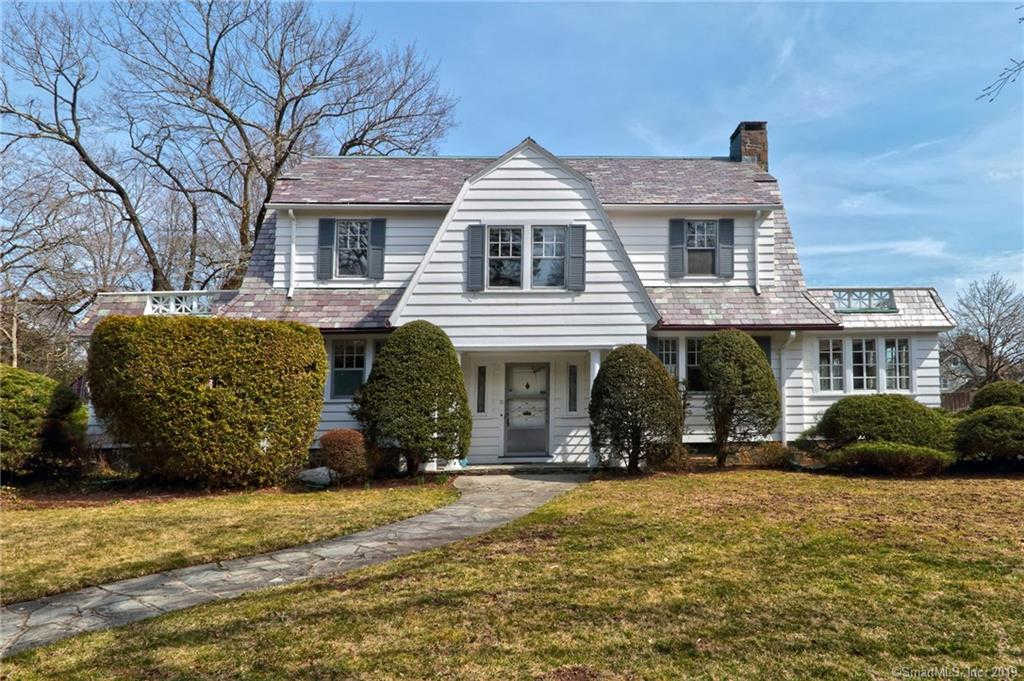 71 Alston Avenue, New Haven, CT 06515 now has a new price of $510,000!