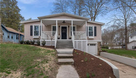 58 Broadway South, Westbrook, CT 06498