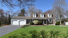 4 Carriage Drive, Cromwell, CT 06416