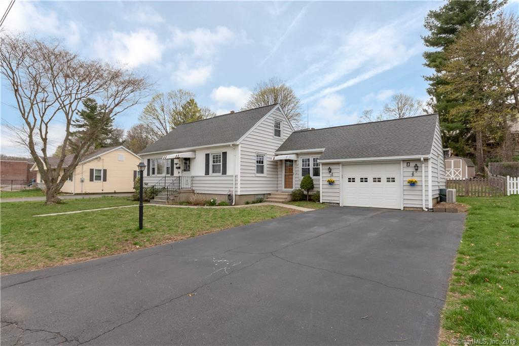 25 Greenlawn Avenue, Stratford, CT 06614 now has a new price of $279,000!