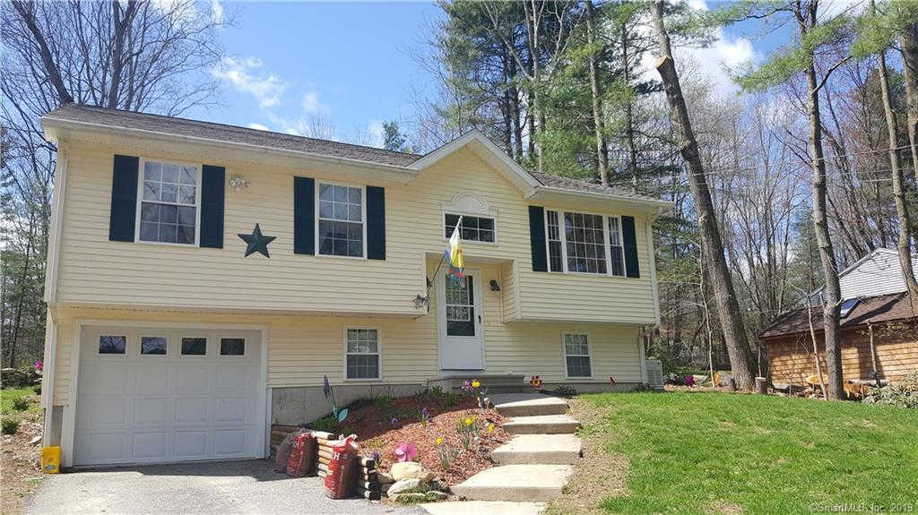 23 Walnut Road, Woodstock, CT 06281 is now new to the market!
