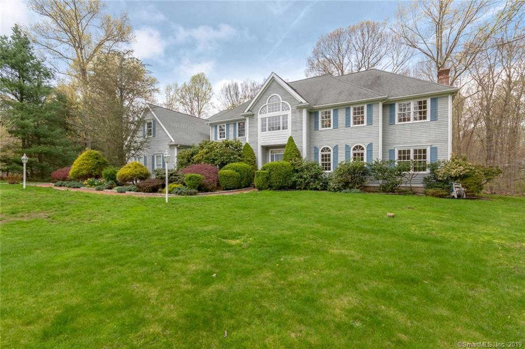 55 Old Stonewall Road, Easton, CT 06612 now has a new price of $629,000!