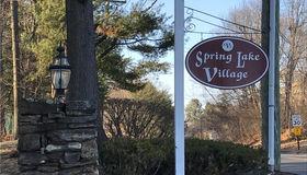 31 Hickory Hill #31, Southington, CT 06489