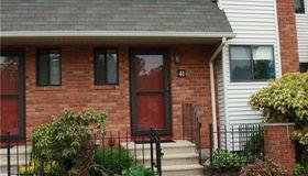 41 Danforth Lane #41, West Hartford, CT 06110