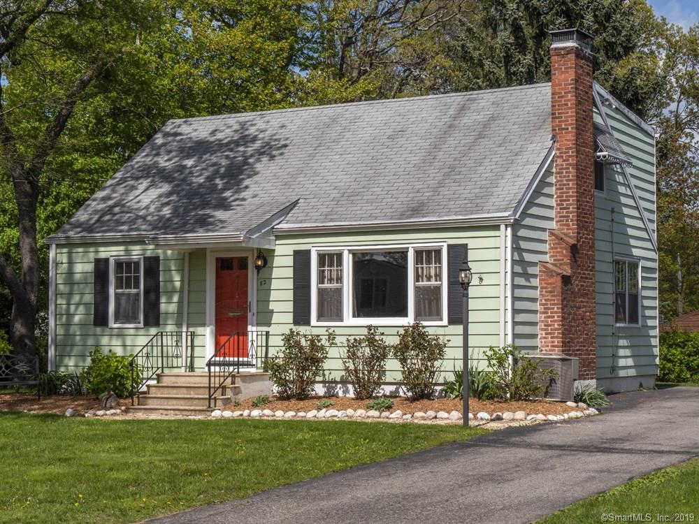82 Canterbury Lane, Milford, CT 06460 is now new to the market!