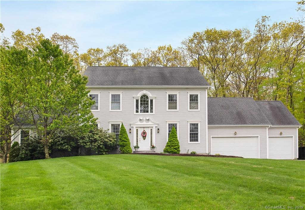 Video Tour  - 17 Willow Lane, East Lyme, CT 06333