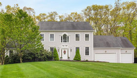 17 Willow Lane, East Lyme, CT 06333