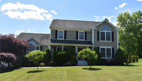15 Mayflower Lane, Shelton, CT 06484