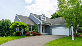 4 Lower Heatherwood, Cromwell, CT 06416