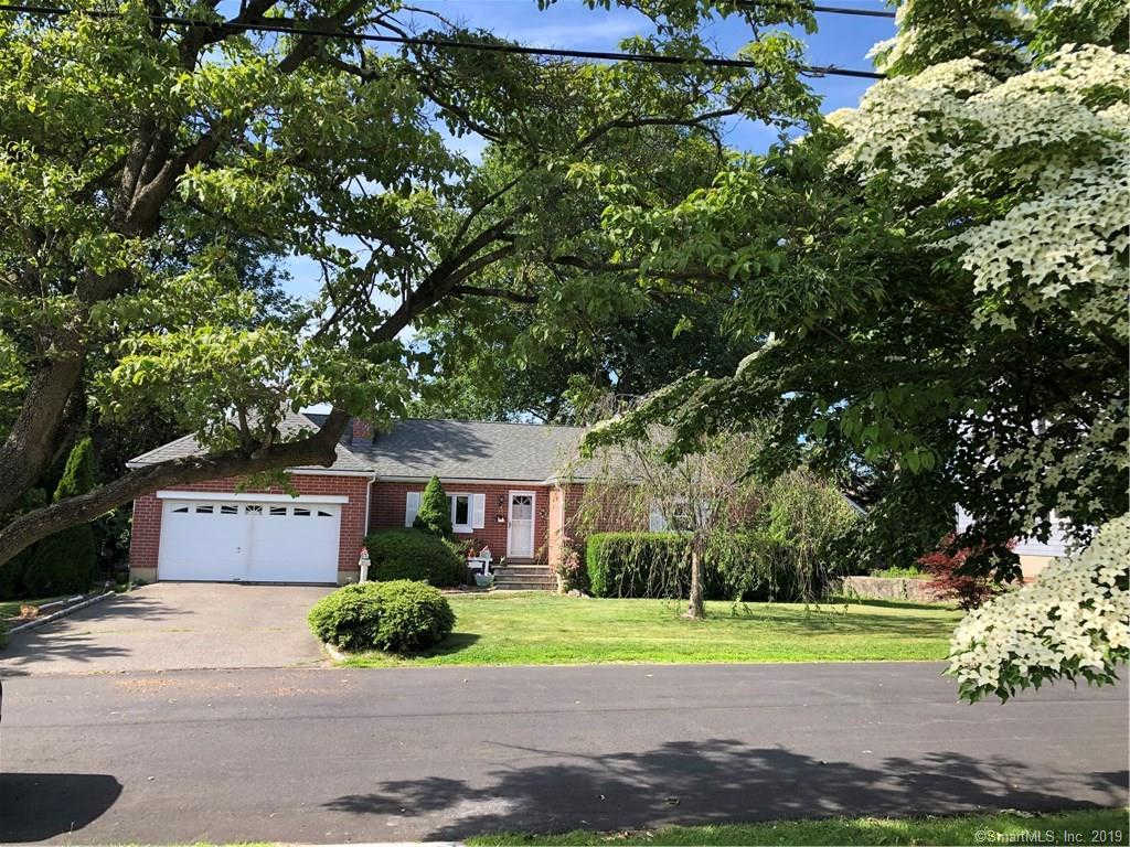 Video Tour  - 134 Glenfield Avenue, Stratford, CT 06614
