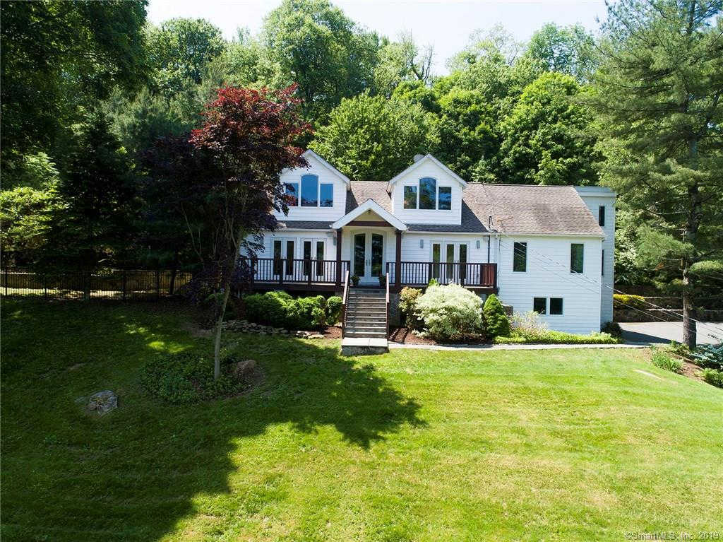 100 Grandview Drive, Ridgefield, CT 06877 now has a new price of $619,000!