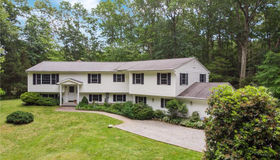 9 Green Valley Lake Road, East Lyme, CT 06333