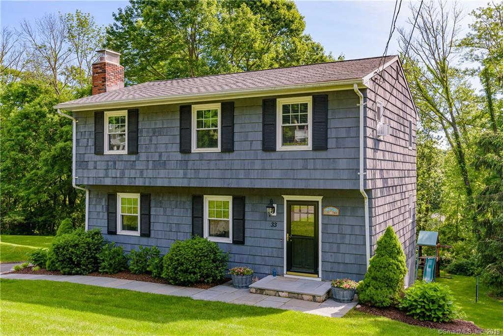 33 Marcardon Avenue, Ridgefield, CT 06877 now has a new price of $479,000!
