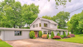 10 Herster Drive, East Lyme, CT 06357