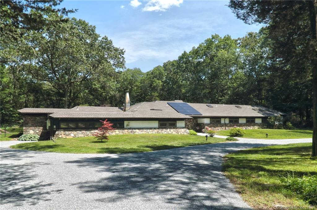 21 Pine Ridge, Woodbridge, CT 06525 is now new to the market!