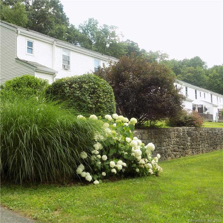4 Canterbury Court #4, New Milford, CT 06776 now has a new price of $129,900!